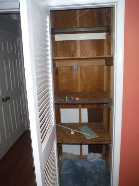 Another sad little closet :-(.