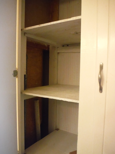 Bathroom closet; this is where it starts to get baaaad.  All the closets were gross!  Obvious afterthoughts and poorly constructed.